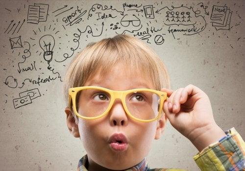 Cómo apoyar el pensamiento crítico de nuestros hijos en casa