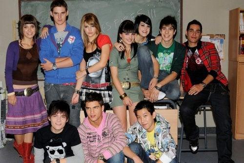 Protagonistas de Física o Química, una de las series juveniles de los 200 más aclamadas.