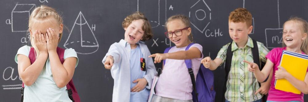 Diferencias entre violencia escolar y bullying