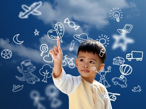 Niño con grandes capacidades debido a la Escuela de la Inteligencia de Augusto Cury.
