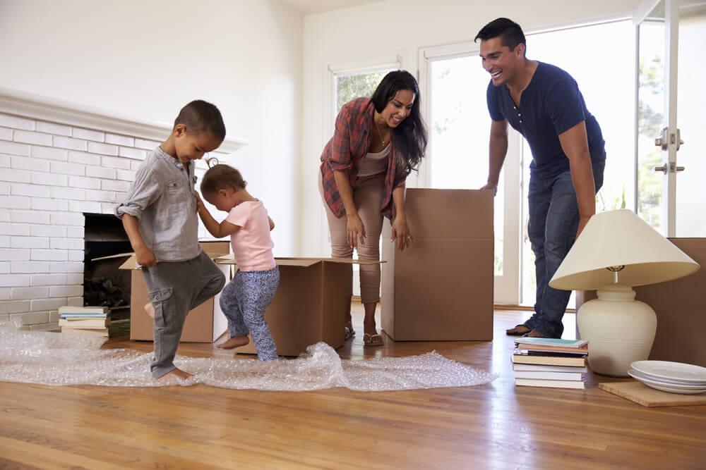 ¿Cómo afectan las mudanzas durante la infancia?