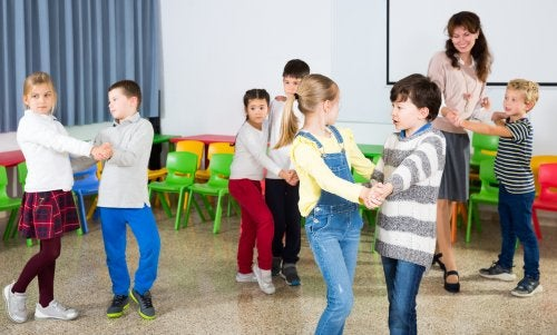 Pausas activas para mejorar la atención en clase