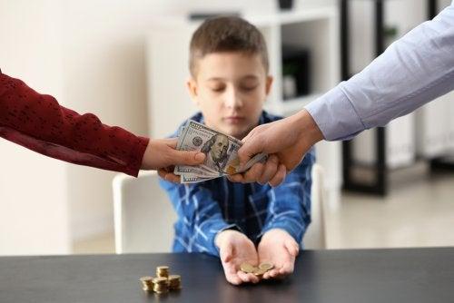 ¿Hasta qué edad hay obligación de pagar la pensión de alimentos por hijo?
