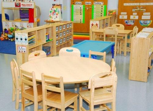 Aula infantil organizada según el método Davopsi.