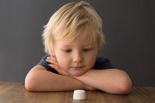 3 interesantes experimentos sobre niños
