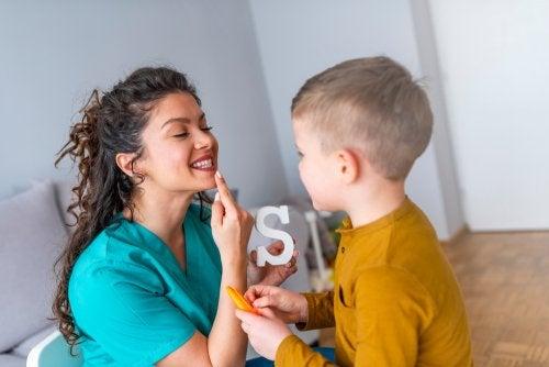 Cómo mejorar la disfluencia del habla