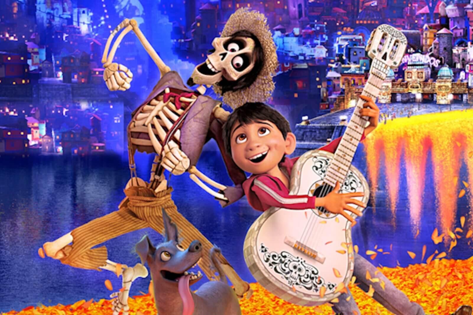 Los protagonistas de Coco, una de las películas para trabajar la pérdida y el duelo con niños.