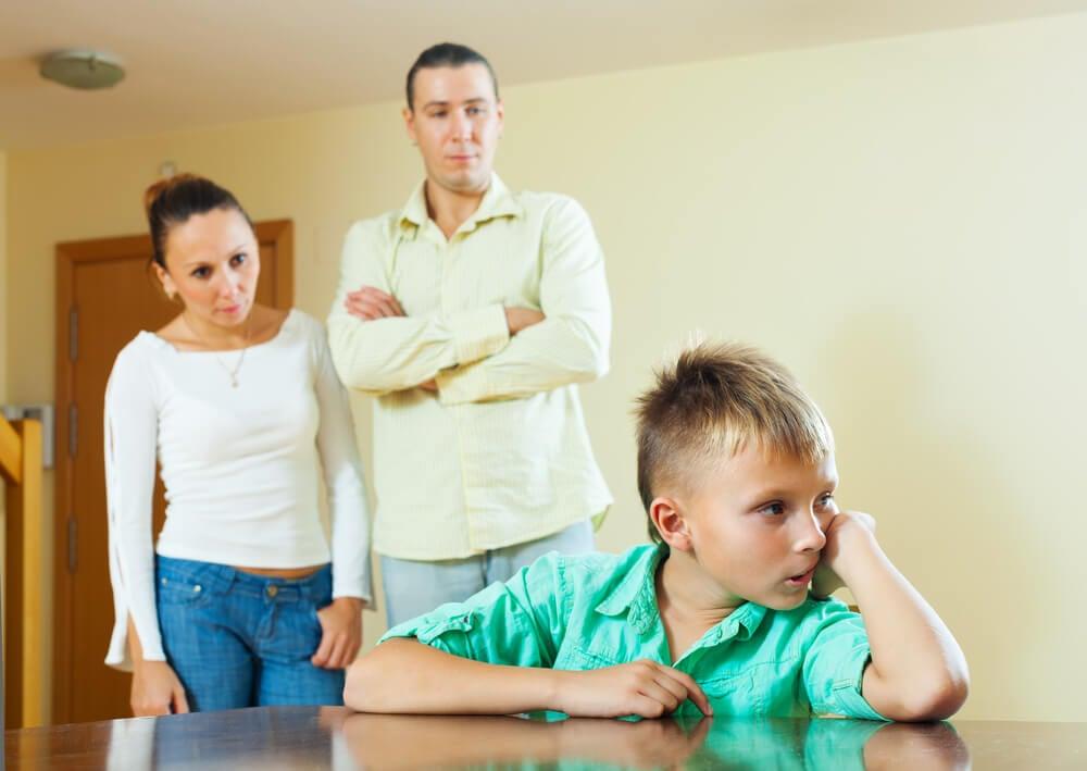 Cuando las frustraciones de los padres las pagan sus hijos