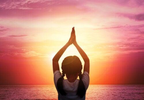 Técnicas para acercar la meditación a los niños