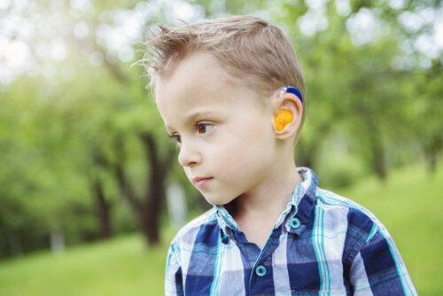 Actividades y juegos para trabajar con niños sordos