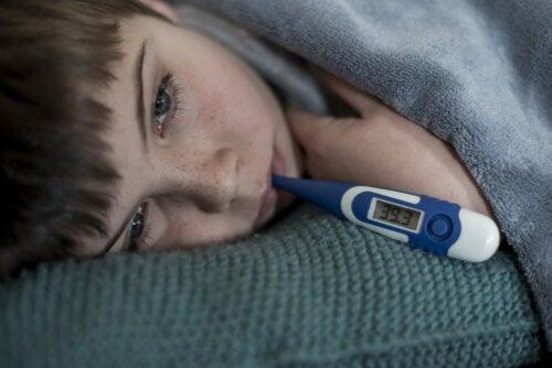 ¿Los niños crecen cuando tienen fiebre?