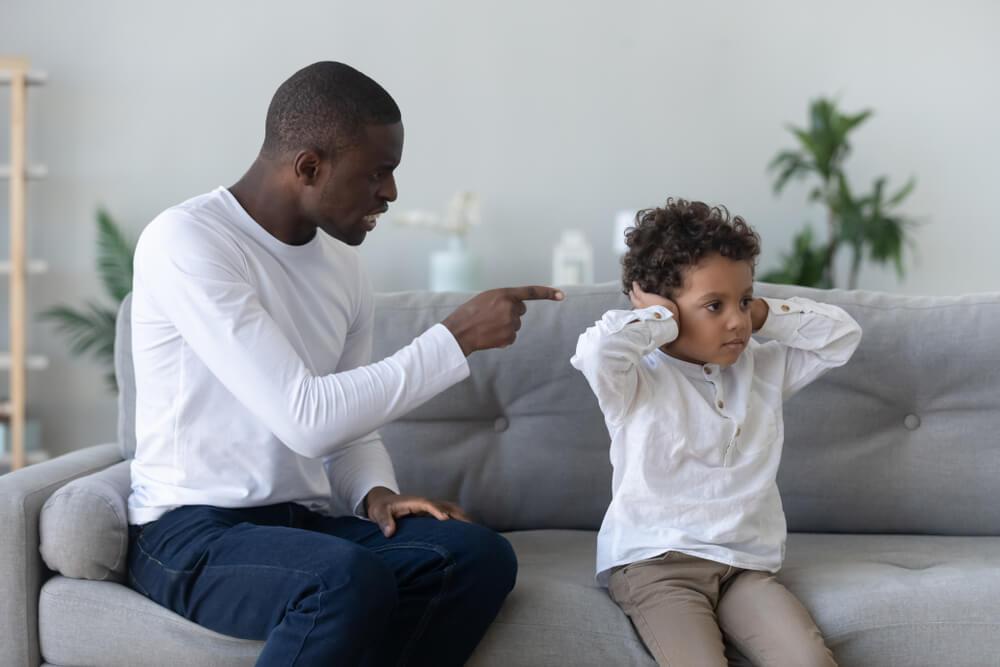 """Cómo decir """"no"""" a tu hijo sin decirlo"""