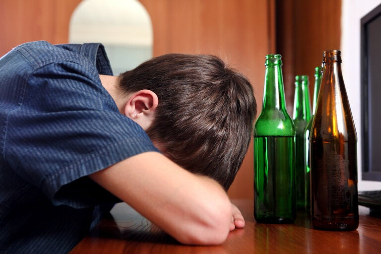 Enseña a tu hijo a decir no al alcohol