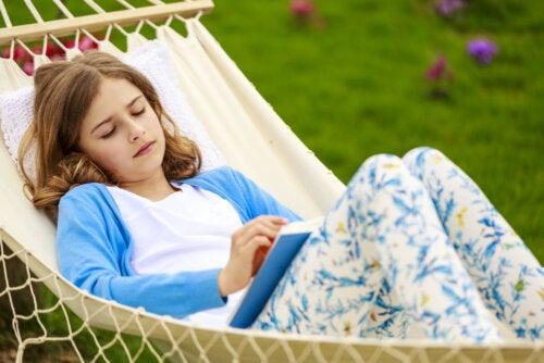 Ayuda a tu hijo adolescente a que se tome un descanso