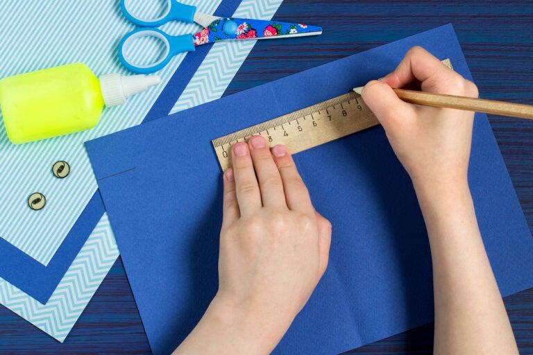 4 manualidades de papel para hacer con niños
