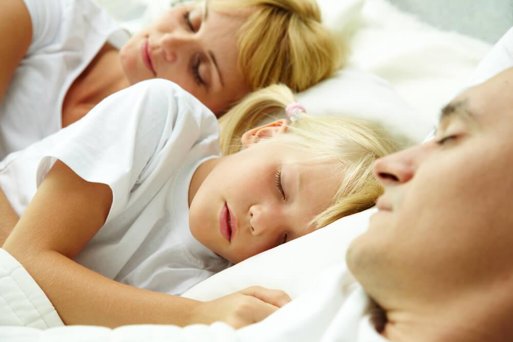 ¿Dormir o no con los hijos?