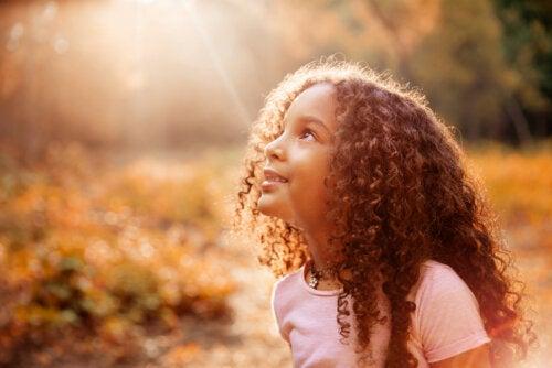 Cómo trabajar el merecimiento con los niños