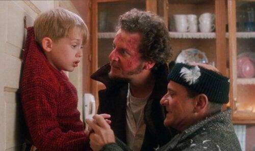 Imagen de la película Solo en casa, uno de los clásicos del cine para ver con tus hijos.