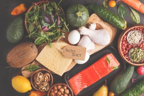 Alimentos de la dieta cetogénica para niños con epilepsia.