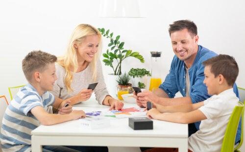 4 juegos de observación para divertirse en casa