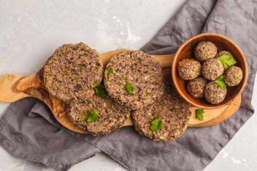 Hamburguesas de alubias, una de las recetas para reducir el desperdicio alimentario.