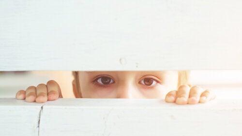 ¿Cómo afecta el sufrimiento al cerebro del niño?