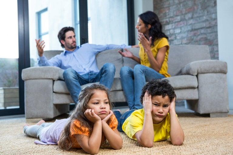 Consecuencias de la falta de comunicación en el matrimonio con hijos
