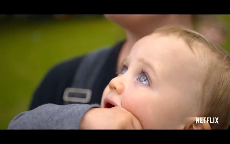 Imagen extraída de la docuserie de Netflix Babies.