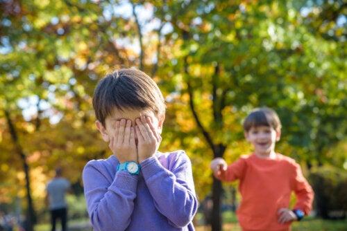 Claves para padres de niños agresores