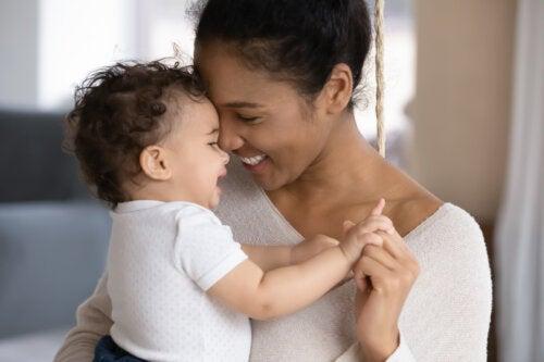 5 mitos sobre la crianza de los bebés