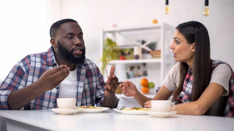 Claves para gestionar las discusiones familiares