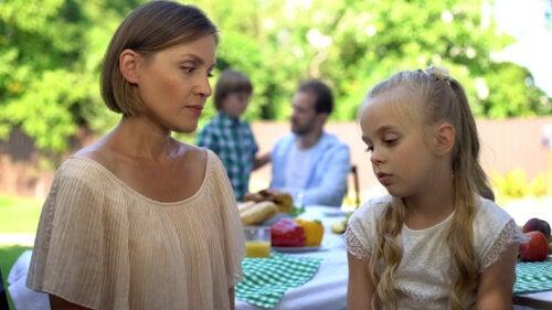 5 aspectos en los que se equivocan los padres exigentes