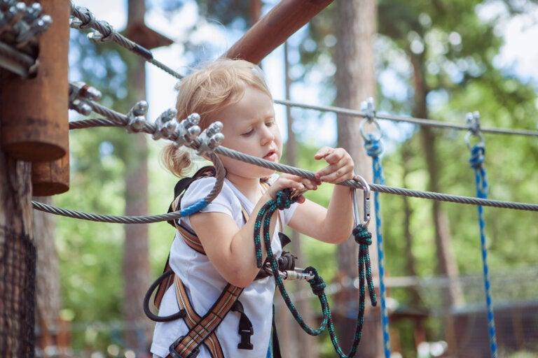 Motivar a tu hijo a asumir riesgos previene la ansiedad