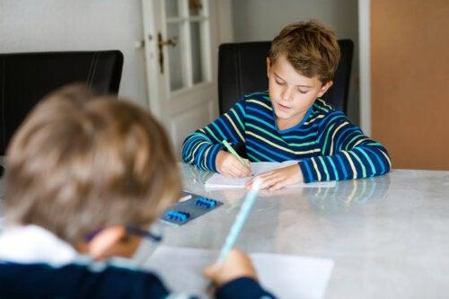 Beneficios de la escritura creativa en la infancia