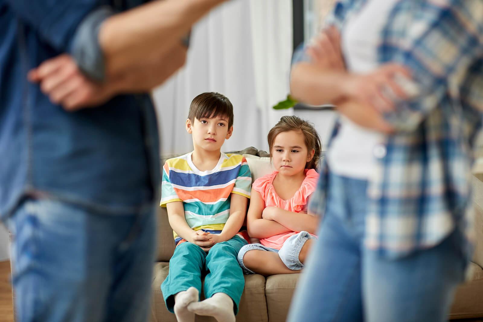 Consecuencias de las peleas de los padres en los hijos.