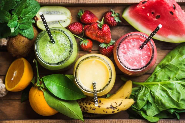 Smoothies de frutas para el verano.
