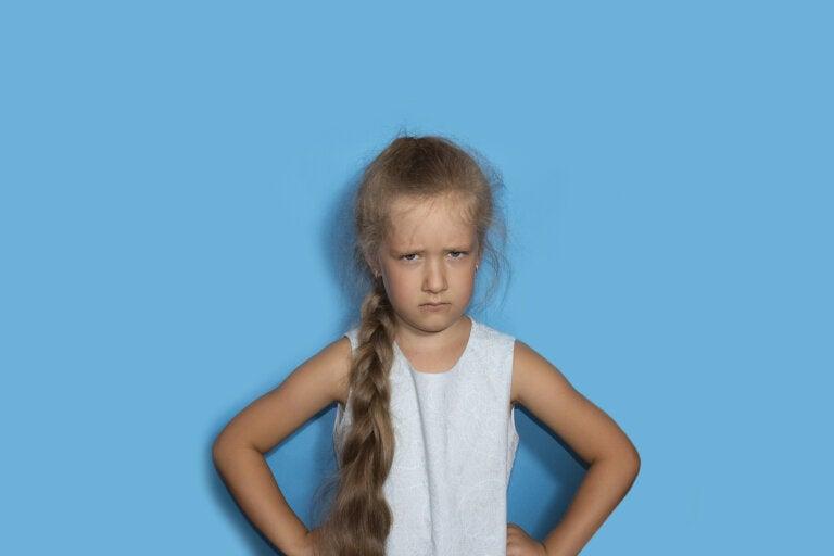 ¿Qué puede desencadenar los trastornos de personalidad en los niños?