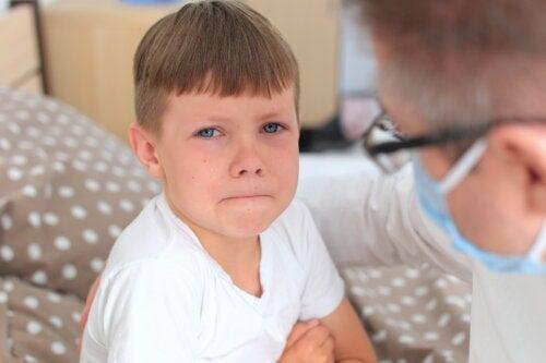 4 consejos para ayudar a tu hijo a perder el miedo al médico