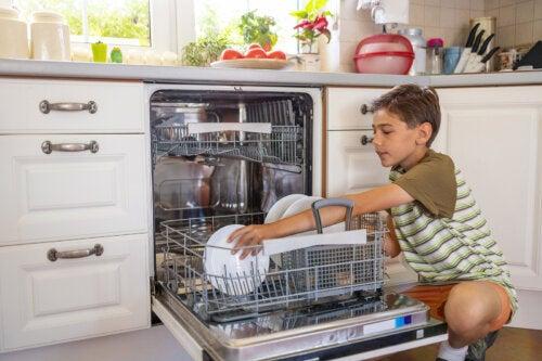 ¿Qué responsabilidades puede asumir un niño de 7 años?