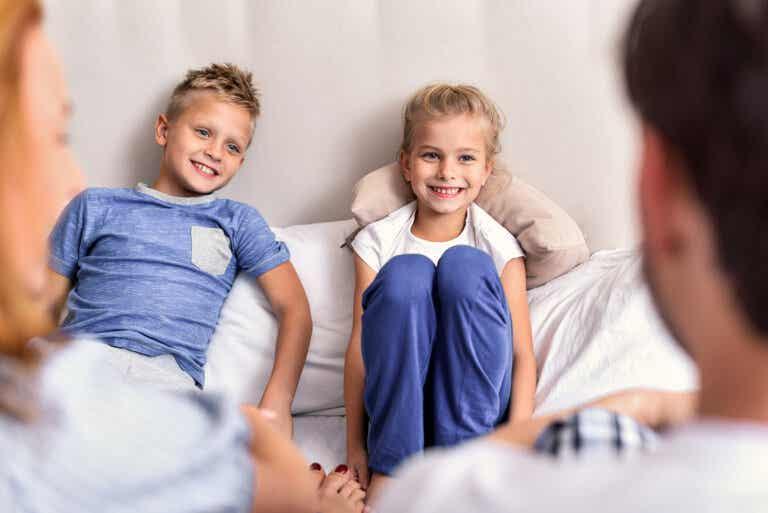 Claves para enseñar escucha activa a los niños