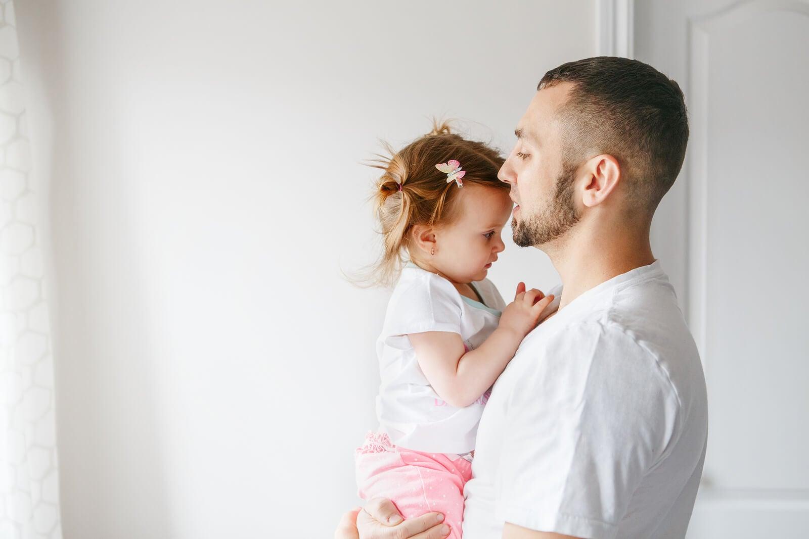 El desarrollo integral de un niño durante los dos primeros años