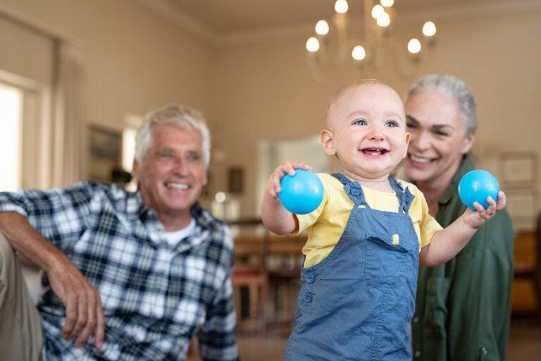 8 ejercicios para el desarrollo del bebé de 7 a 9 meses
