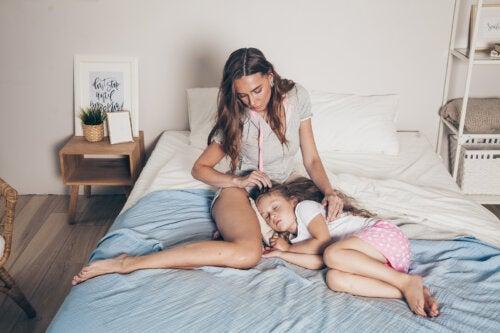 6 errores que cometemos al acostar al niño: ¿cómo lo solucionamos?