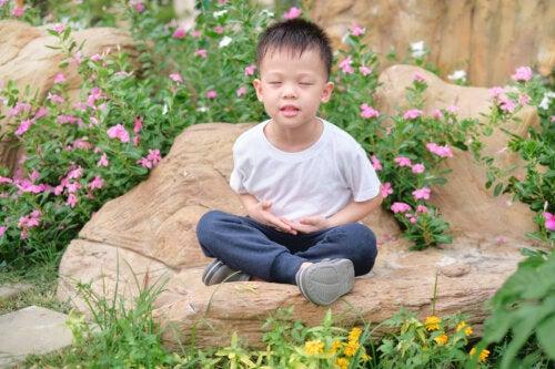 Cómo enseñar la respiración diafragmática a los niños