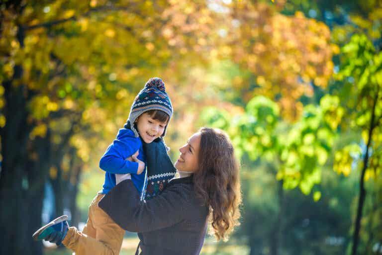 Ser madre te conecta con tu niña interior
