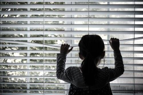 10 consecuencias del abandono paterno