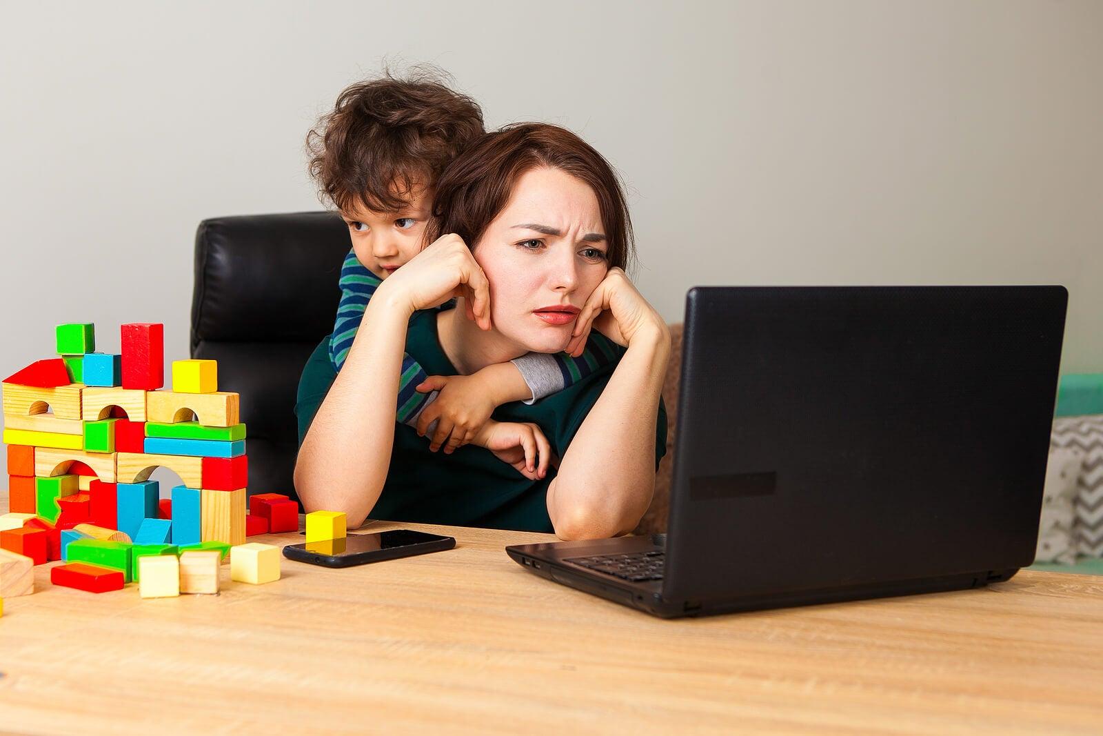 Trauma de apego: ¿qué es y cómo afecta a los niños?