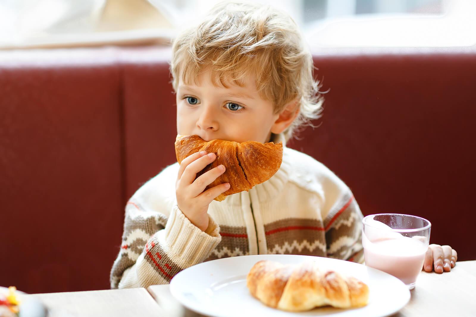 ¿Por qué los niños no deben abusar de los alimentos ultraprocesados?
