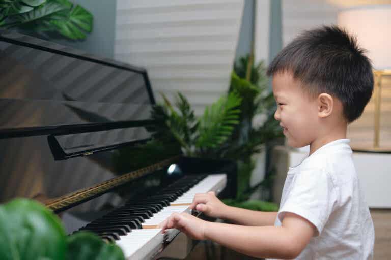 Cómo influye el entrenamiento musical en la memoria y la atención de los niños