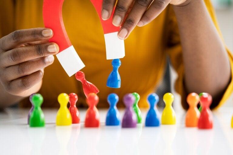 6 experimentos para enseñar magnetismo a los niños